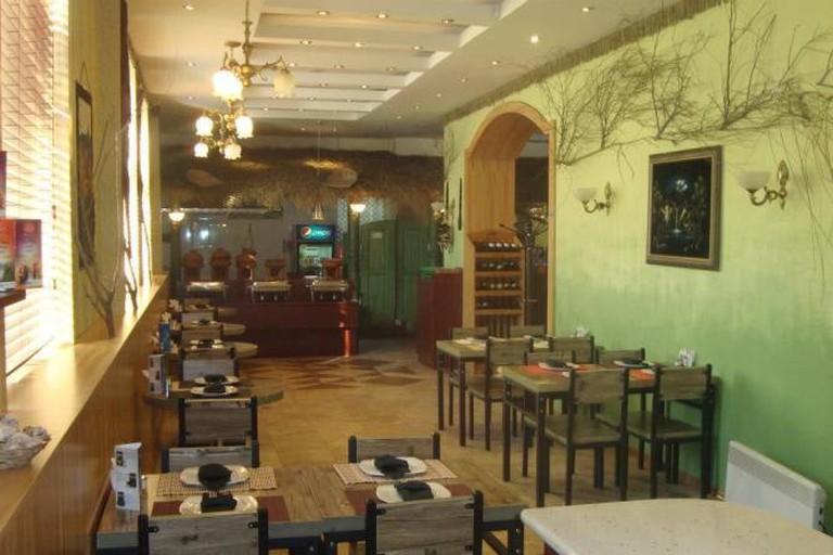 Ceylonta's cosy, chic interior
