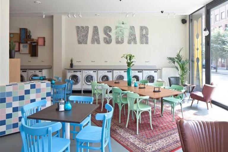 Interior of Wasbar
