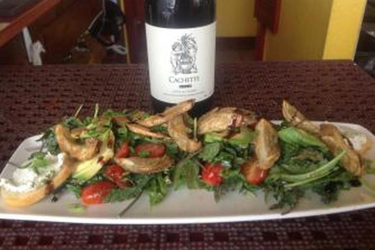 Artichoke salad with wine