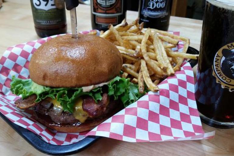 BBQ Guy Burger