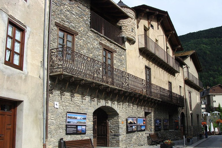 Carrer Major Casa d'Areny Plandolit, Ordino, Andorra
