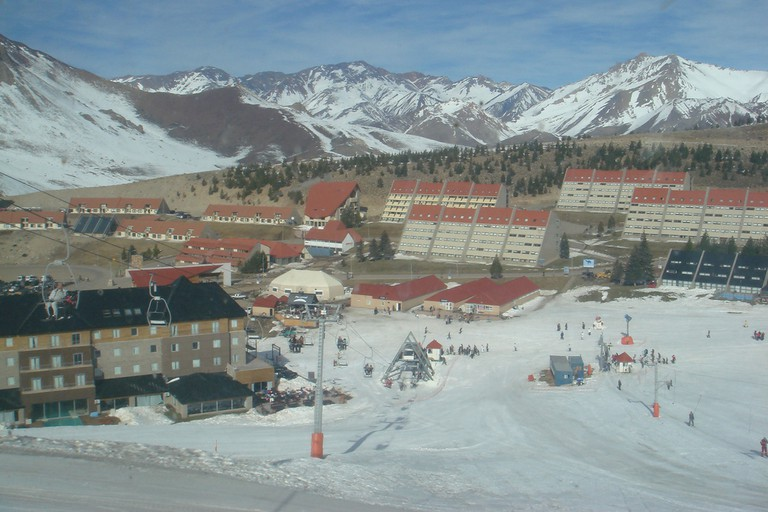 View over the Las Leñas resort