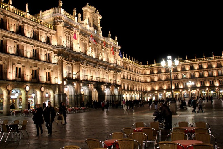 Salamanca's Plaza Mayor at night