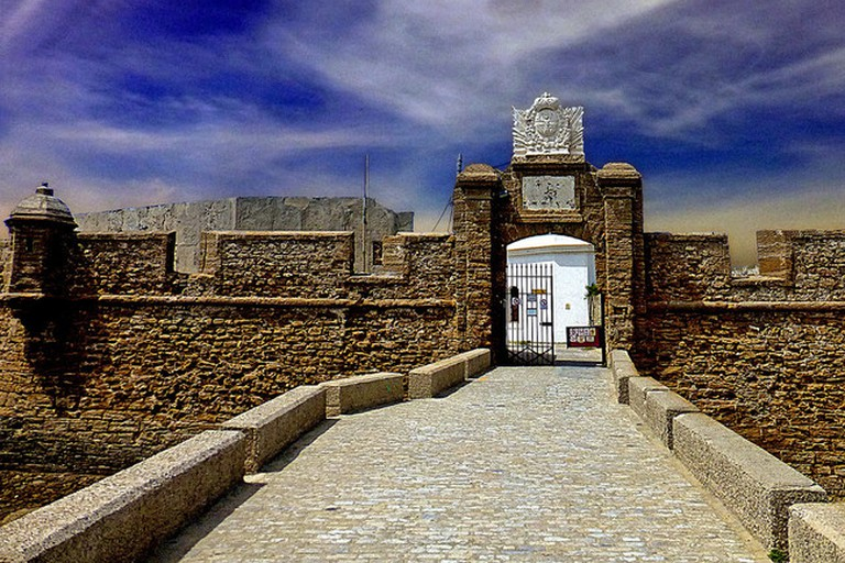 Entrance to the Santa Catalina castle in Cádiz