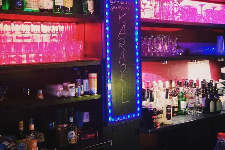 Pub a la Pub