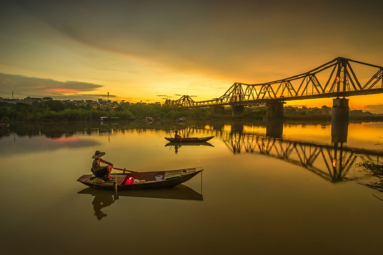 The lovely Long Bien Bridge