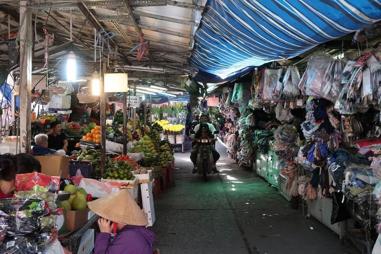Thi Nghe Market