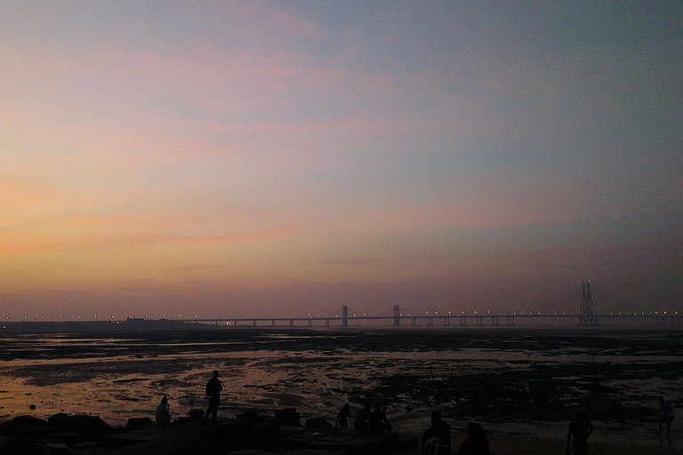 A view of the Bandra-Worli Sea link from Dadar Chowpatty/Shivaji Park