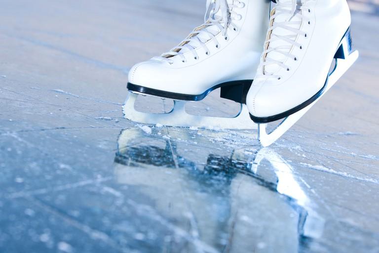 Seasonal ice rink White Sacas Ice Garden is the perfect winter date
