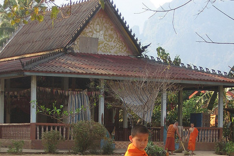 Temple, Vang Vieng