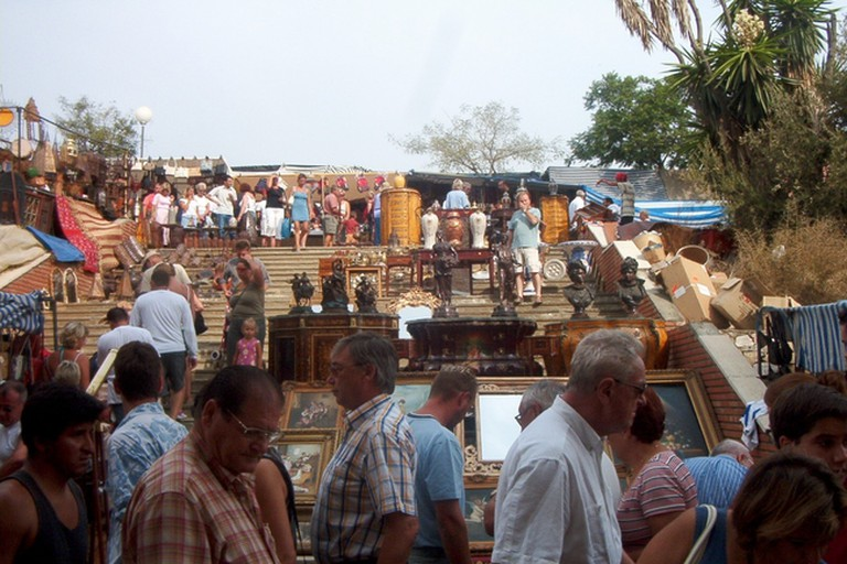 The Saturday morning flea market in Puerto Banús; R-E-A-L/Commons Wikimedia