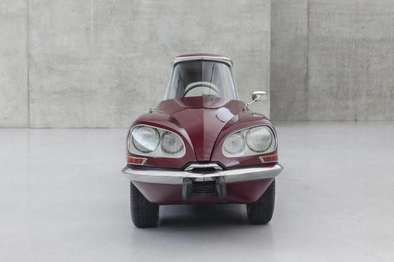 "Gabriel Orozco, ""La DS Cornaline"", modified Citroën, 2013"