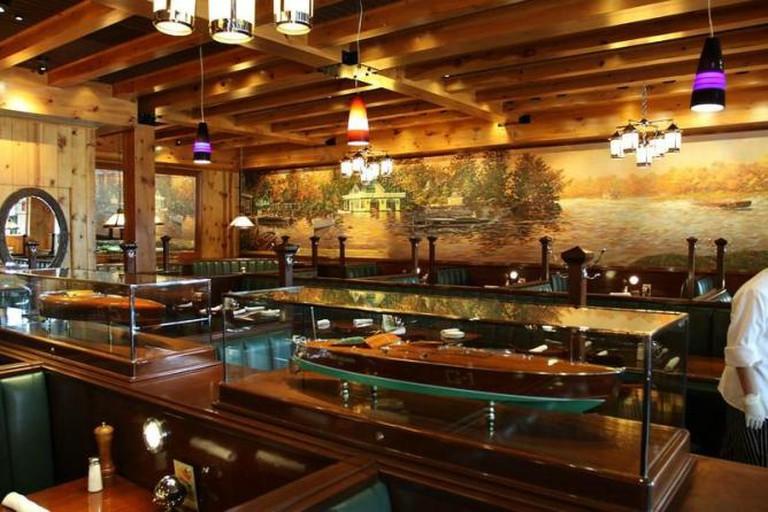 703 Bar + Kitchen, Fairfax