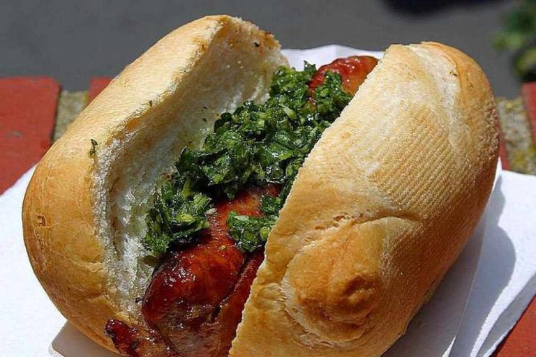 Choripán with chimichurri sauce