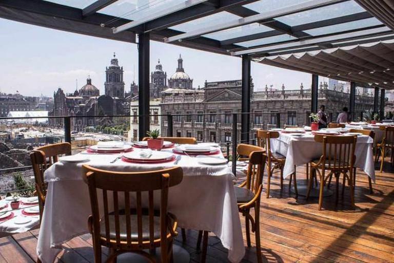 El Mayor Restaurant