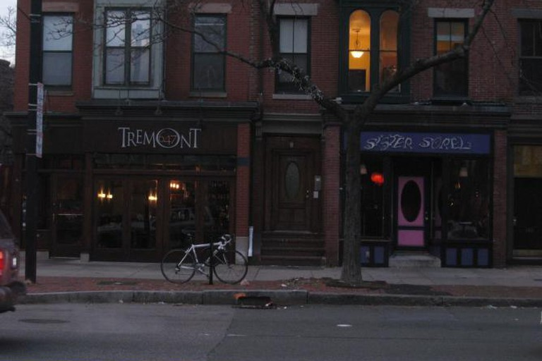 Tremont 647 and Sister Sorel