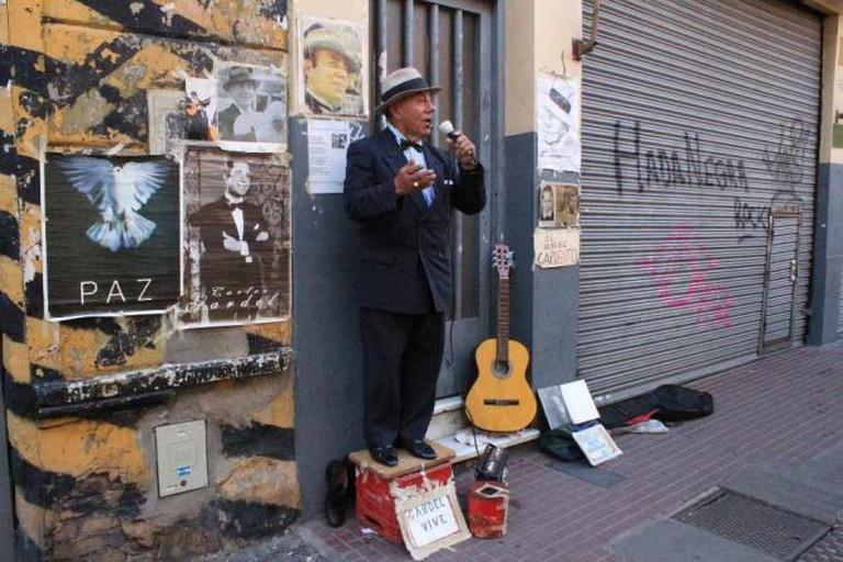 A street singer in San Telmo