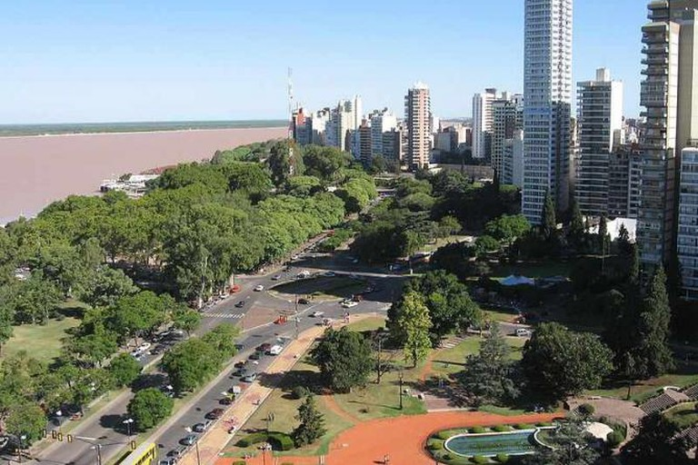Rosario and the river Paraná