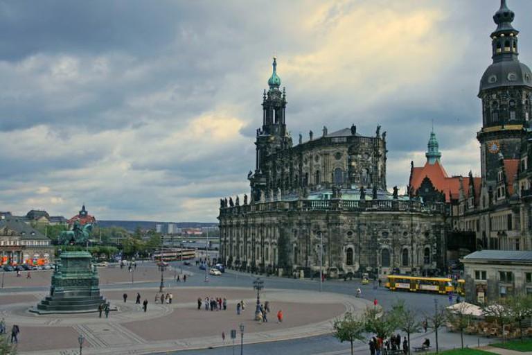 Semperplatz: Cathedral and Dresdner Schloss