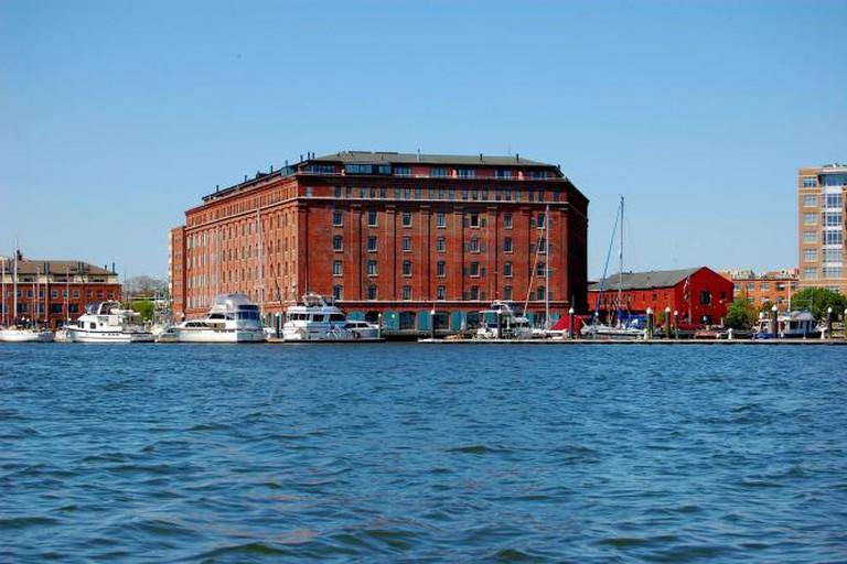 Henderson's Wharf Inn
