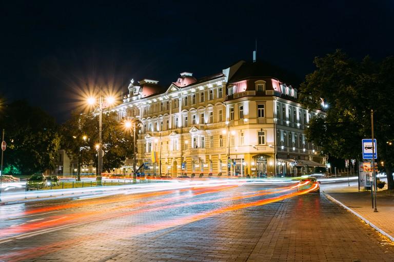 Kempinski at night Grisha