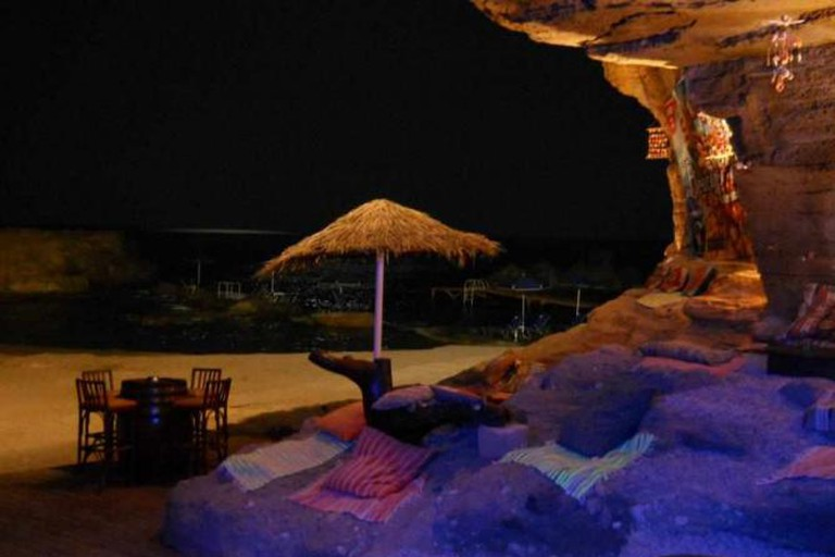 Relaxing setting of Oasis Beach Bar