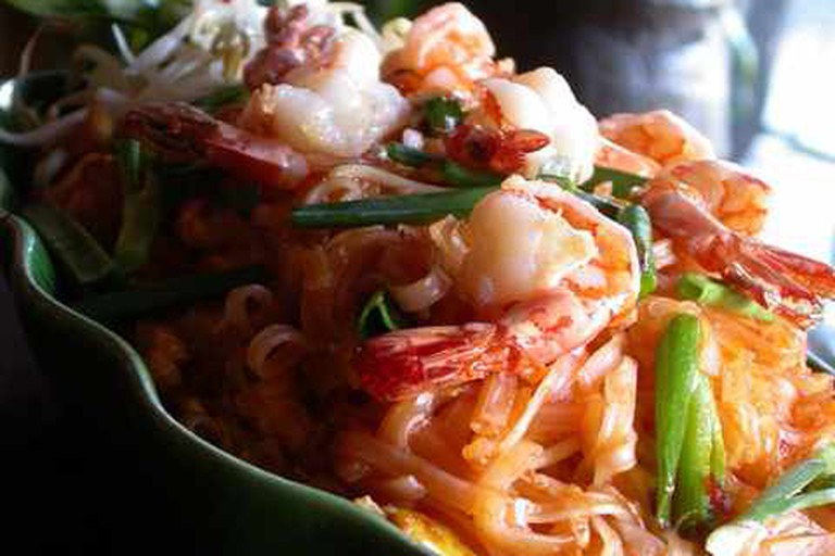 Traditional Pad Thai Noodles