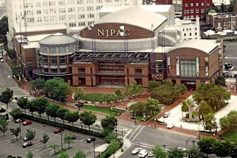 New Jersey Performing Arts Center, Center Street