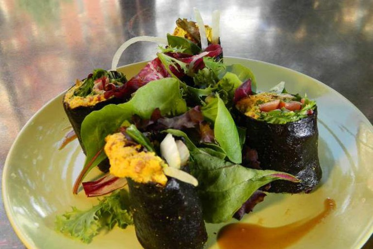 Seasoned Vegan Nori Roll