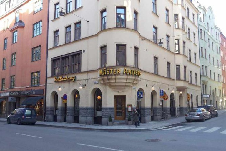 Exterior of Mäster Anders