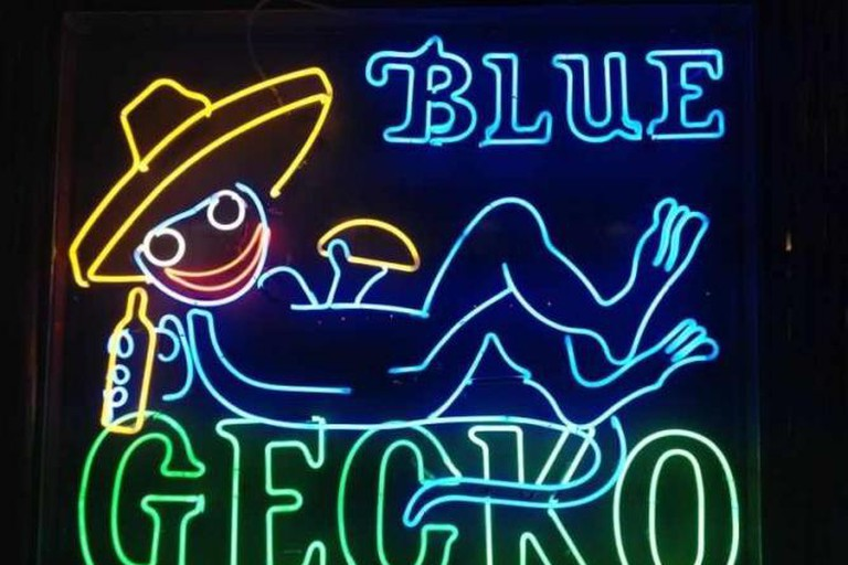 The Blue Gecko sign