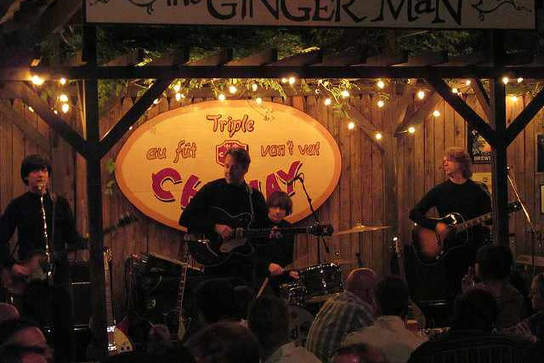 Performance at The Ginger Man
