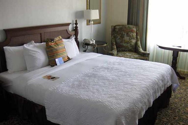 Hilton Savannah DeSoto room