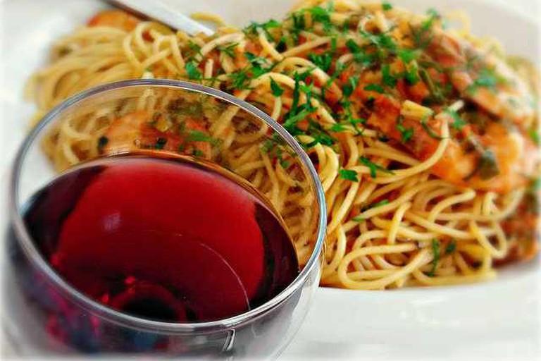 Wine Spaghetti and Shrimps