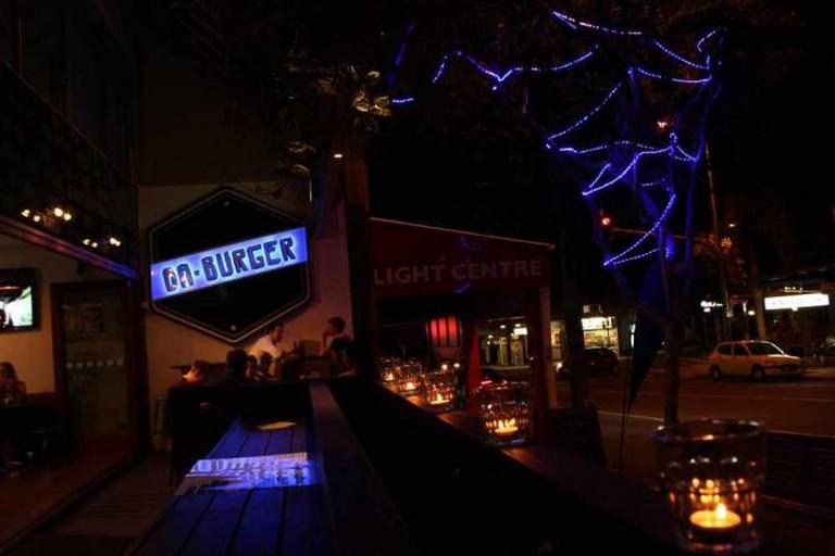 DA'Burger in candlelight