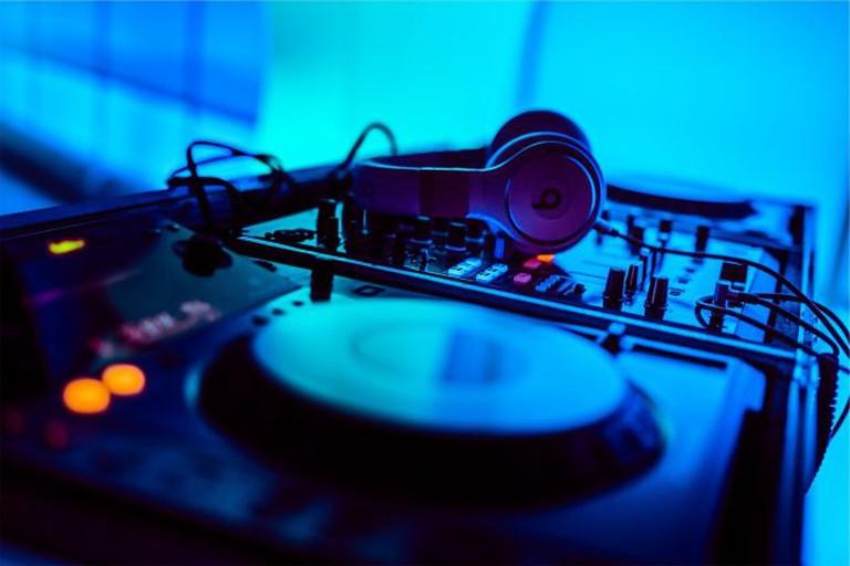 Live DJ at Bacchus