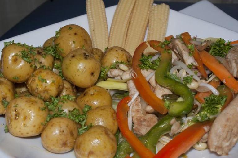 Chicken and vegetables in Venezuela