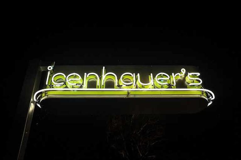 Icenhauer's Sign