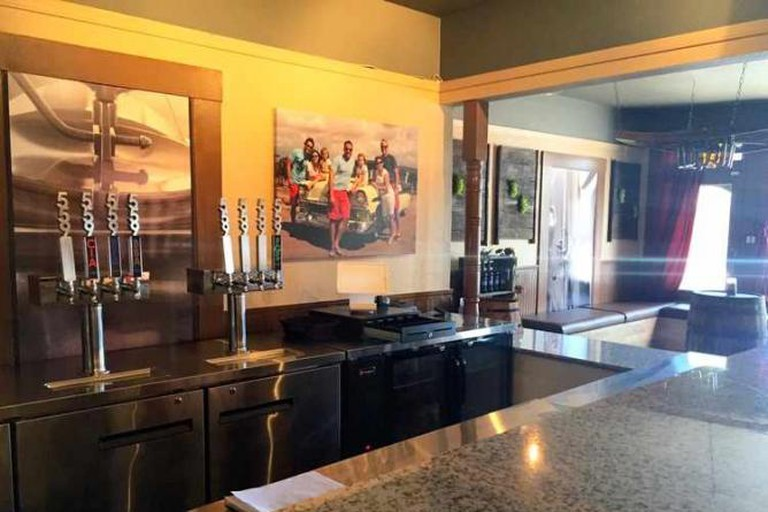 The bar at the 559 Local Tasting Room