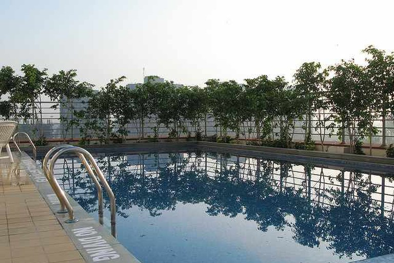Lemon Tree Hotel pool