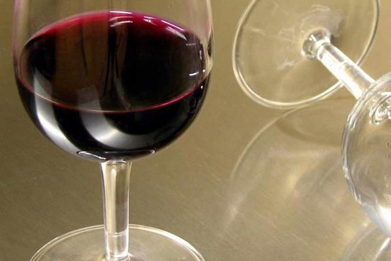 Wine static