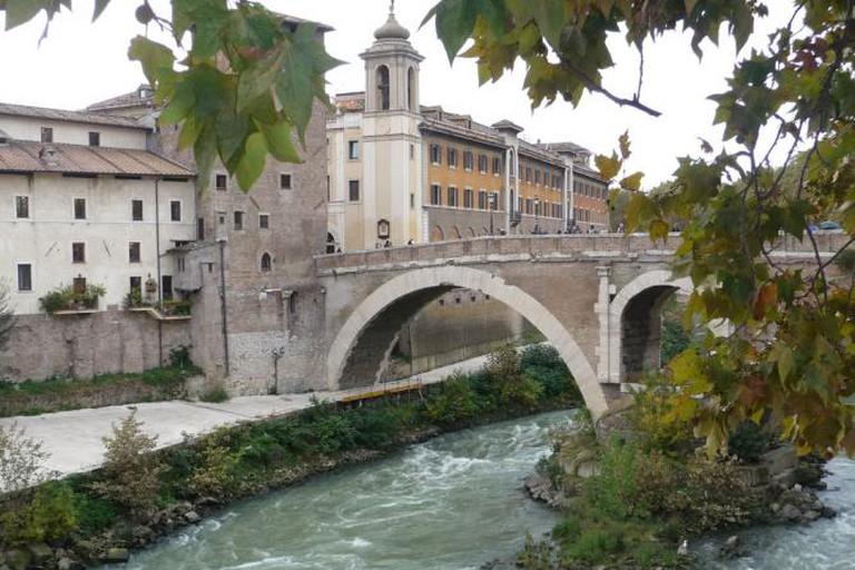 Tiber Island Bridge