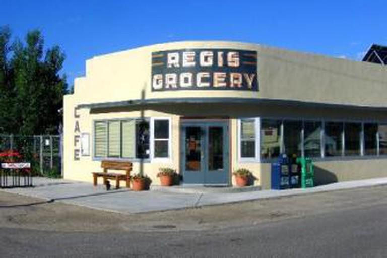 Cafe Regis