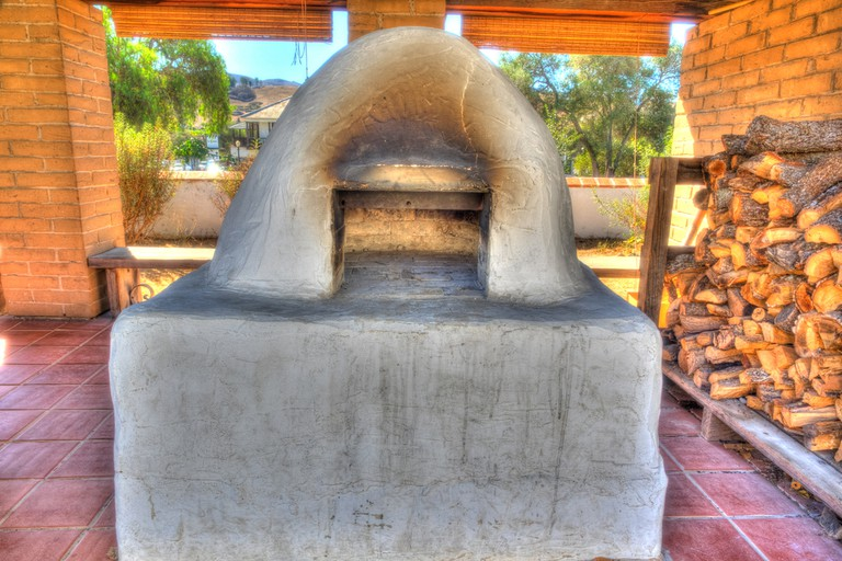 Horno is a mud adobe-built outdoor oven used by Native Americans and early settlers of North America