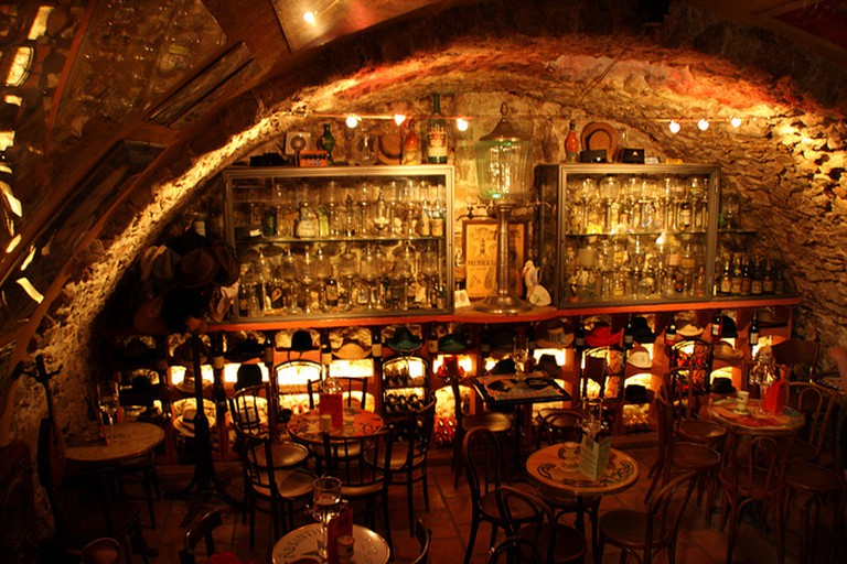 Antibes, Absinthe Bar