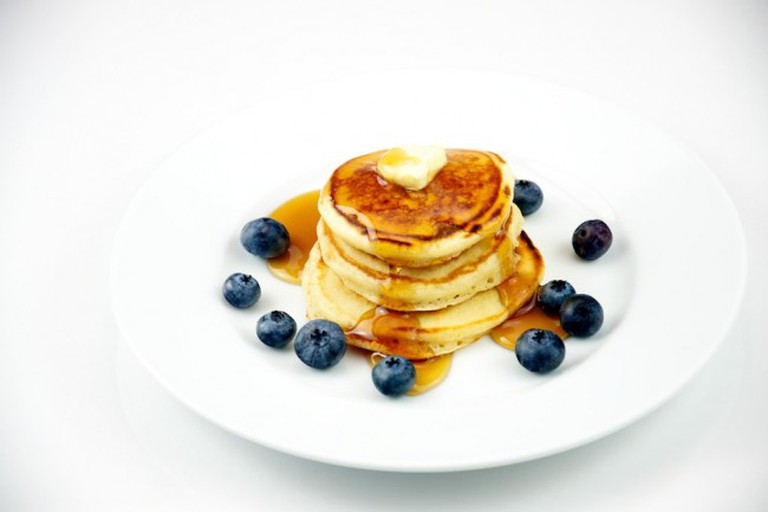 Silver Dollar Pancakes with Blueberries