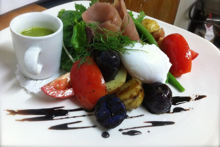 Nicoise salad at All Seasons Cafe