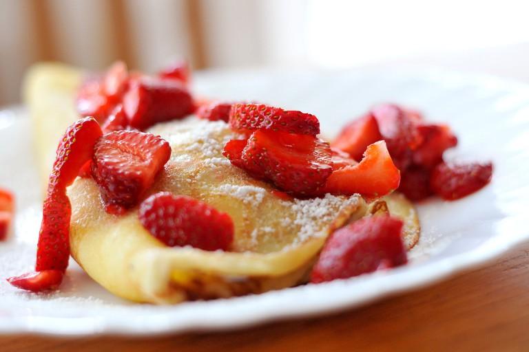 Strawberry Crêpes
