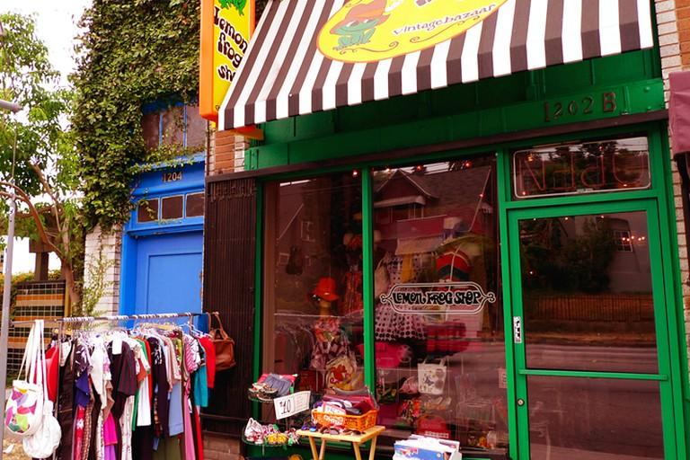 Lemon Frog Shop Vintage Bazaar