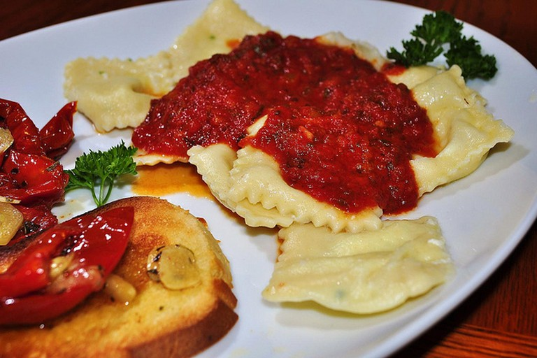 Pasta stuffed with cheese
